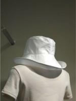 つば広帽子 背面斜画像