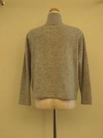 長袖セーター ハイネック 背面画像
