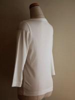 七分袖Tシャツ ボートネック(オフ白) 背面斜画像