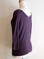 七分袖Tシャツ 前後Vネック(紫) 背面斜画像