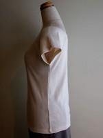 ラグラン袖Tシャツ ボートネック(アイボリー) 側面画像