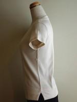 半袖Tシャツ Uネック 側面画像