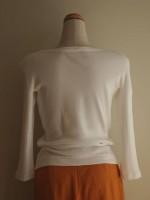 ボートネック七分袖Tシャツ(オフ白)背面画像