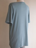 ボートネック五分袖ロング丈Tシャツ(マリンブルー)背面斜画像